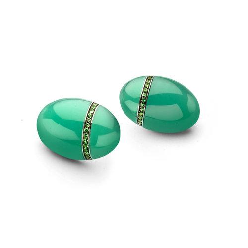 Leon Martens Scarabeo oorhangers in witgoud met chrysopraas en tsavoriet Leon Martens Juwelier