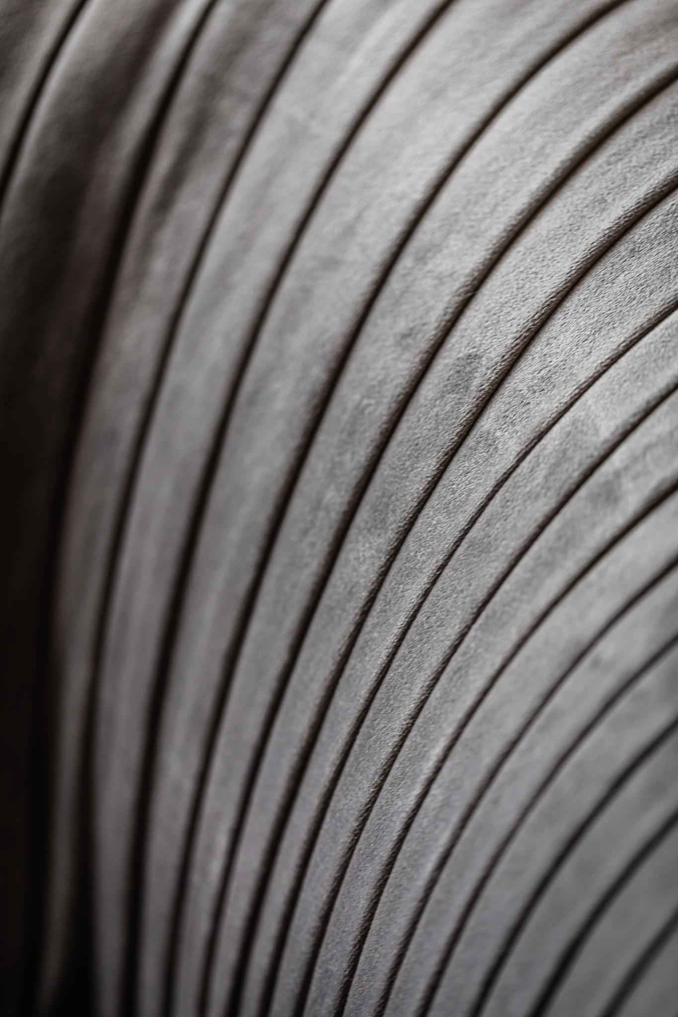 UFFIZI Sofa Dove Grey Velvet-2