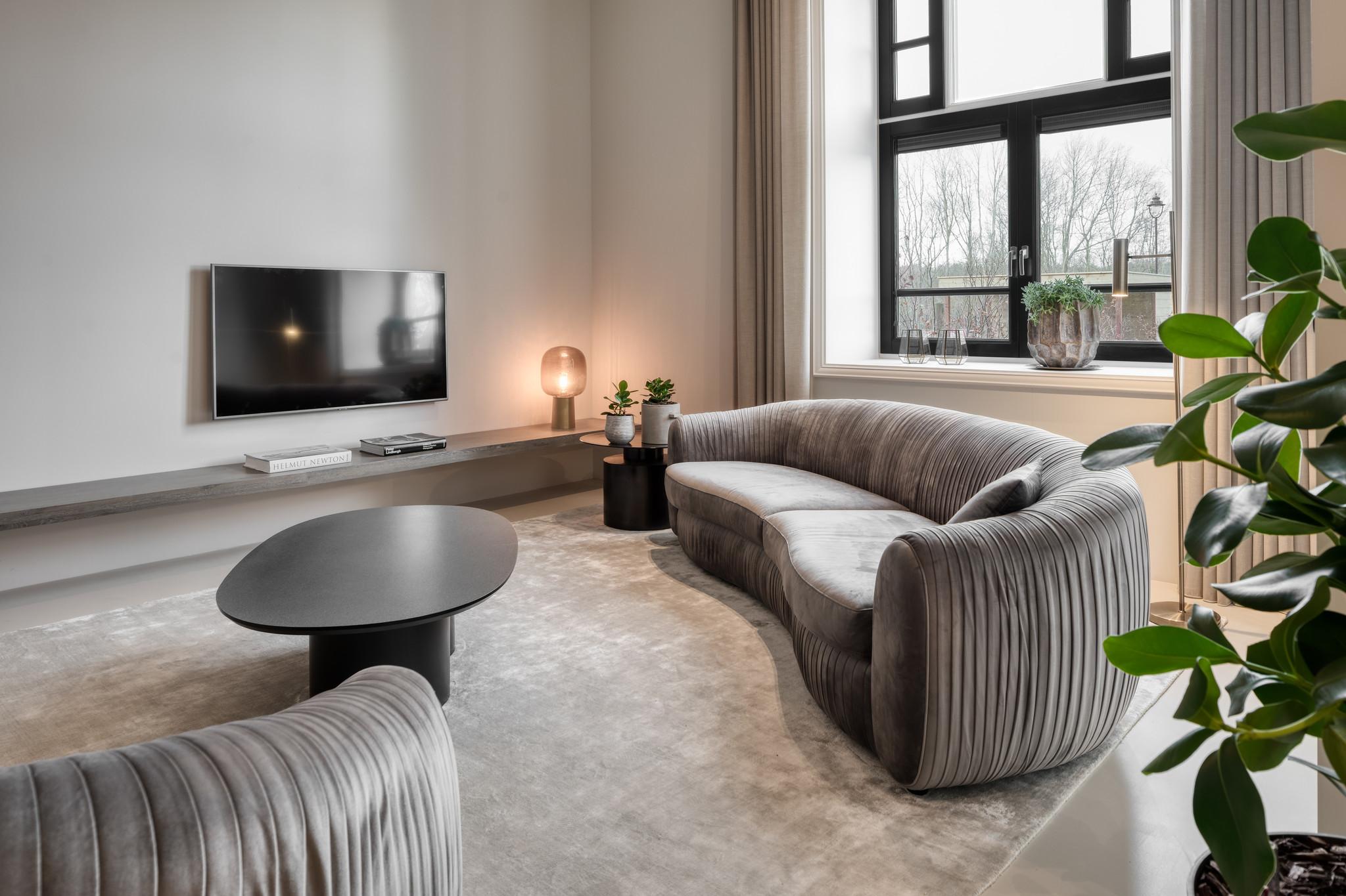 UFFIZI Sofa Dove Grey Velvet-5