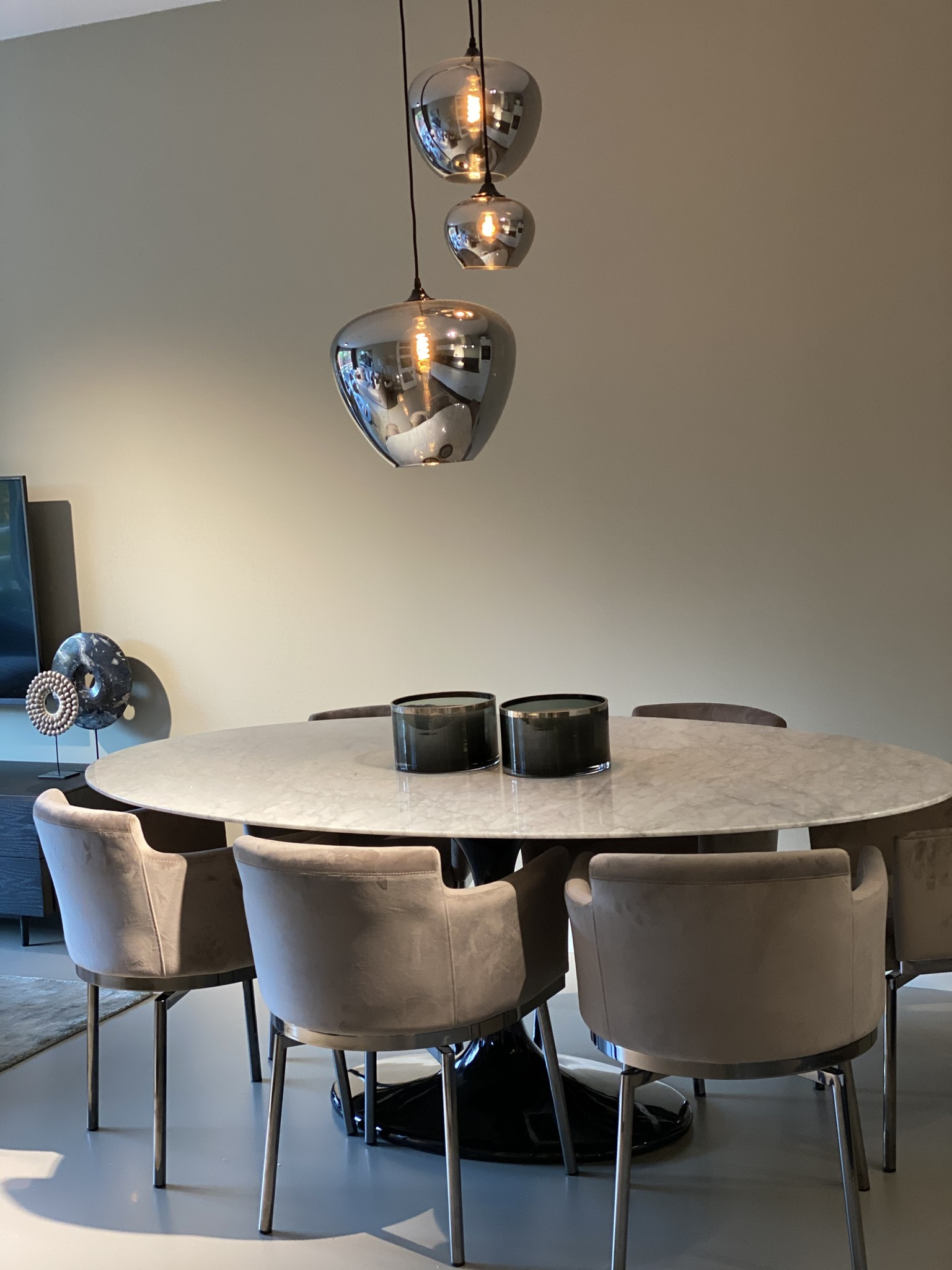 TULIP Dining Table Marble-3