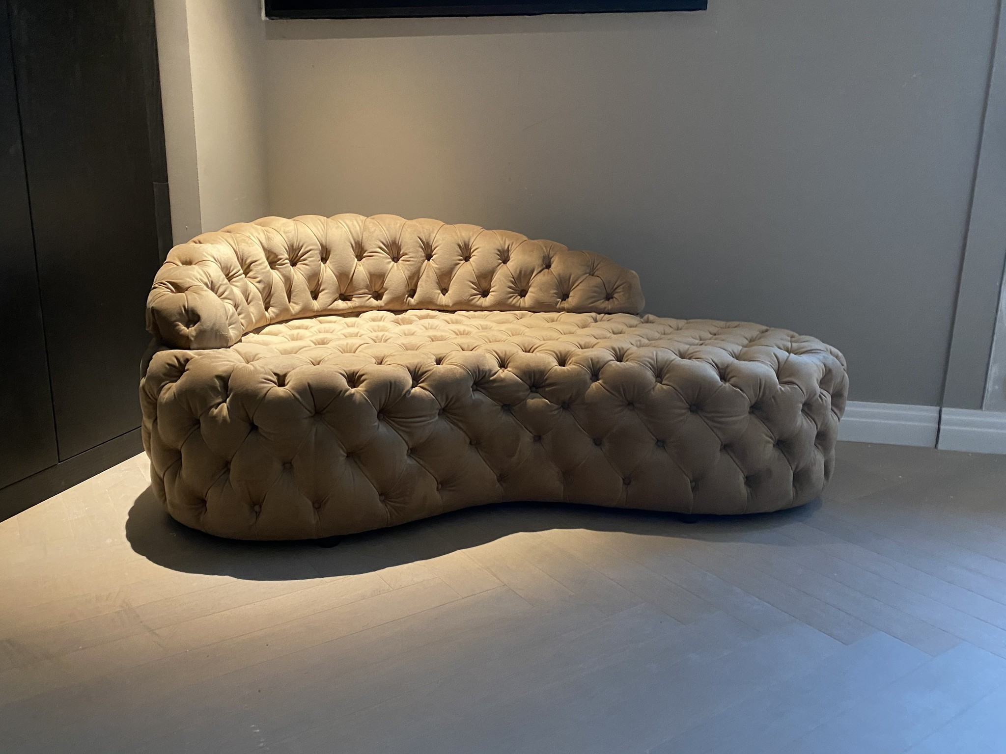 BUSIAMANTE Chaise Longue Gold Velvet-3