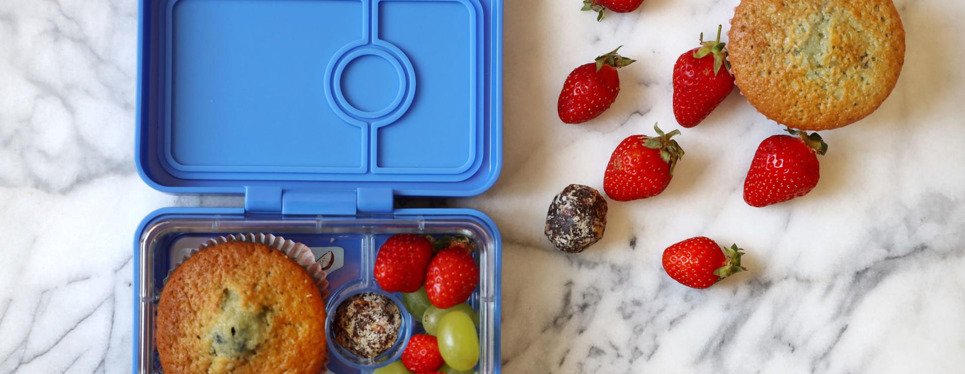 Yumbox MiniSnack fruit box