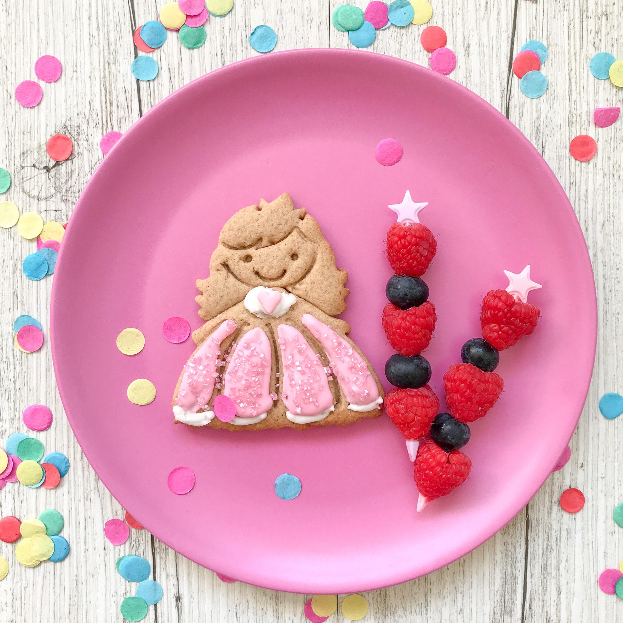 Lunch Punch Sandwich Cutters - Princess-3