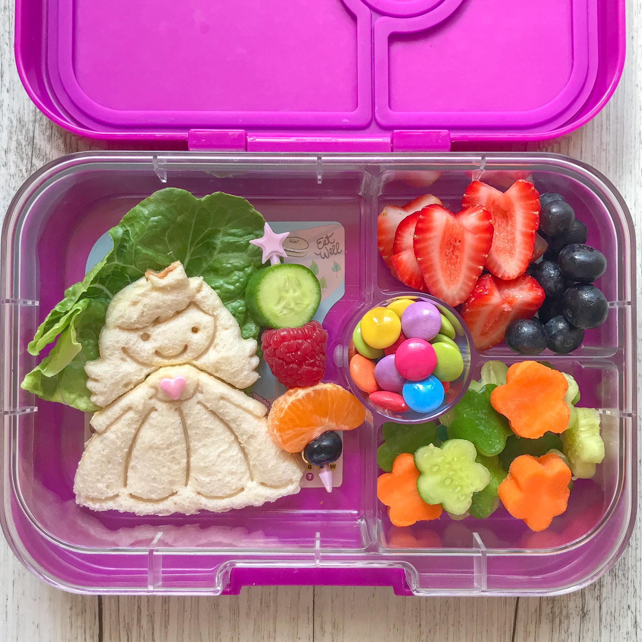 Lunch Punch Sandwich Cutters - Princess-2