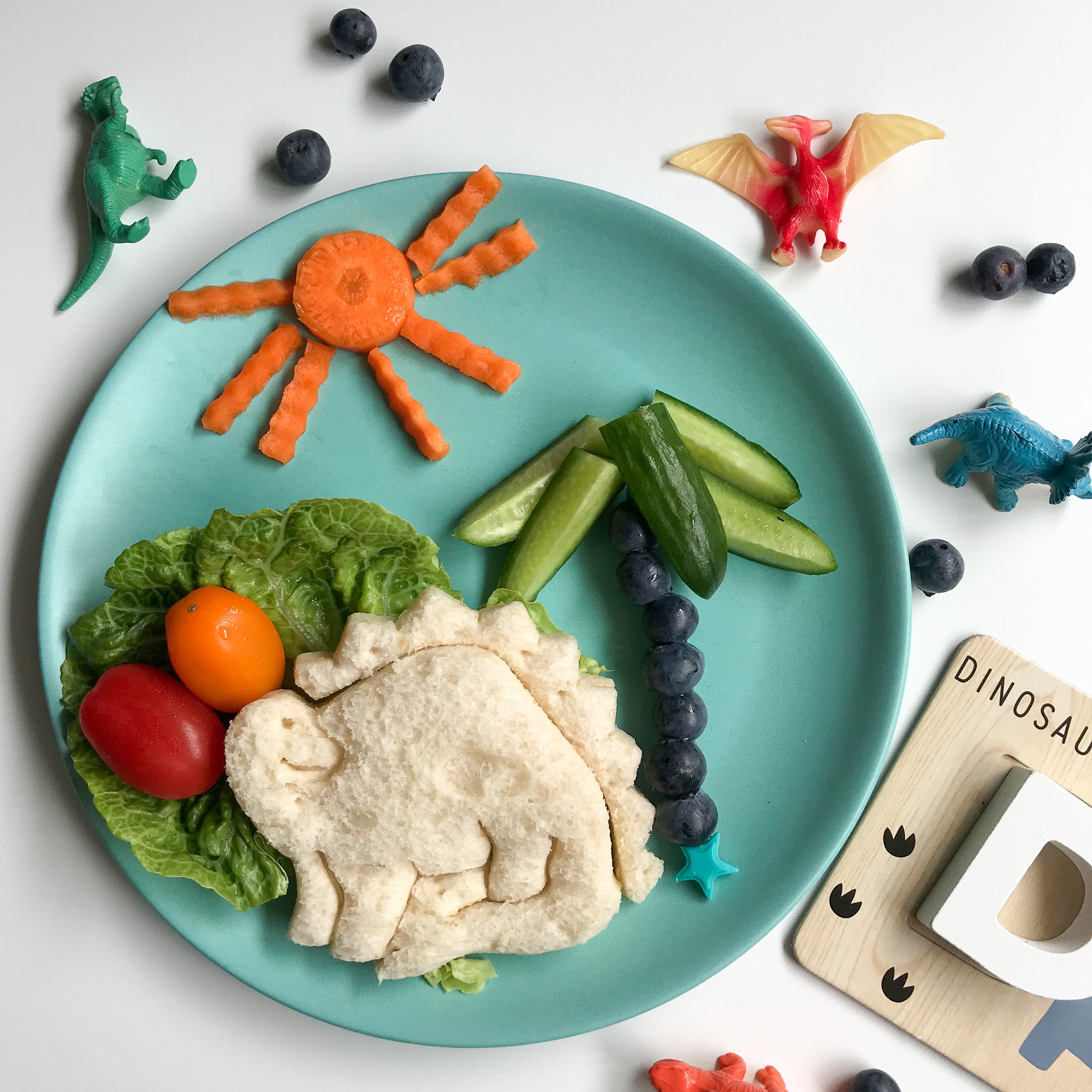 Lunch Punch Sandwich Cutters - Dino-2