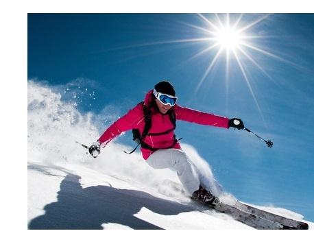 Skiër op Skihelm-Online.nl