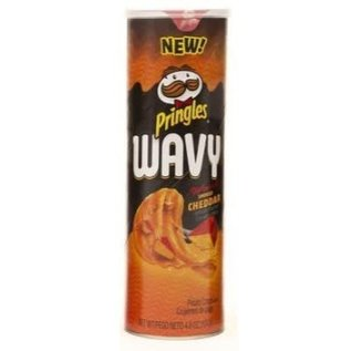 Pringles Pringles Wavy Applewood Smoked Cheddar Chips