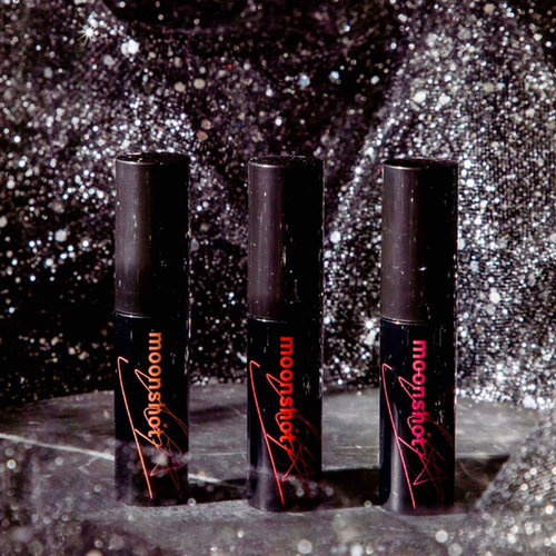 Moonshot Cream Paint Stain Fit Lisa Special Edition