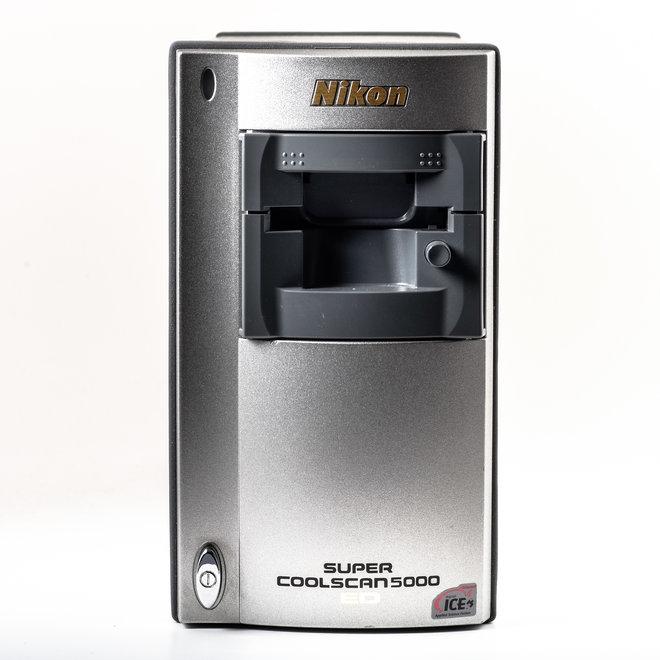 Miete Nikon LS-5000 Diasanner