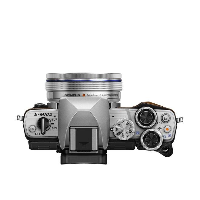 Olympus E-M10 II 14-42 Pancake Zoom Kit silver
