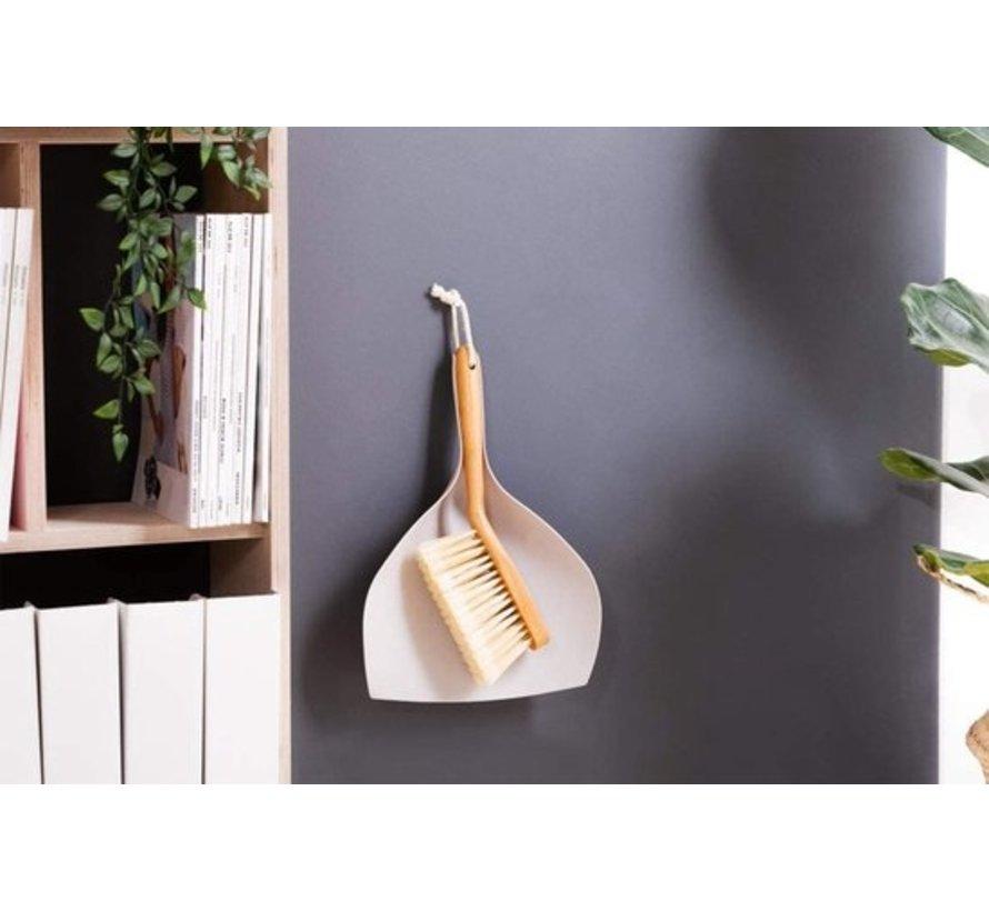 Luxe Set Stoffer en Blik Bamboe veeggarnituur bamboe Duurzaam beige 37x25cm  Afwasborstel - keukenborstel - rond handvat 10xØ7cm 80gr