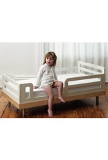 Oeuf NYC Classic junior bed - walnoot