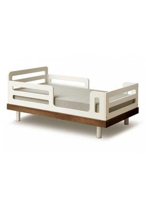 Oeuf NYC Classic junior bed - walnoot (70x140)