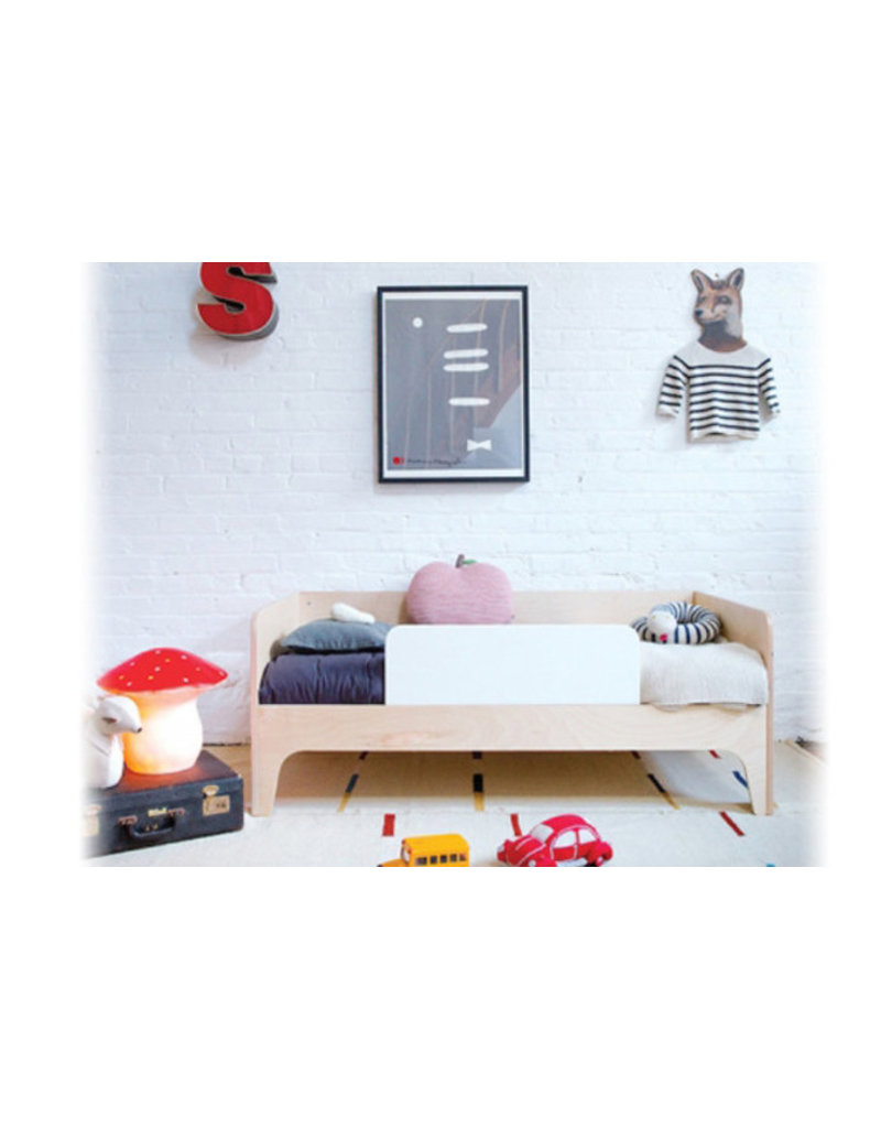 Oeuf NYC Perch junior bed - walnoot