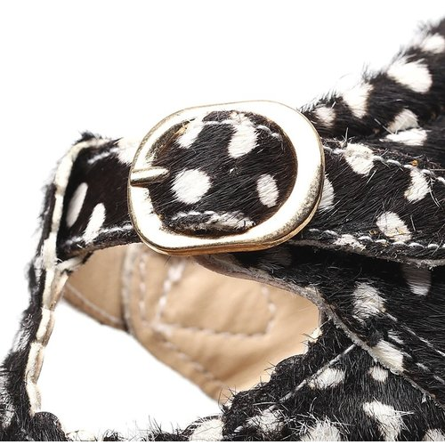 This Cuteness Baby Mocassins Open Black White Dots
