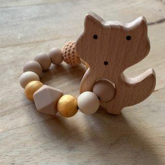 This Cuteness Bijtring Fox