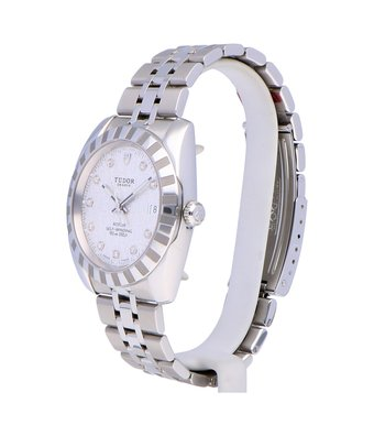 Tudor Horloge Classic 38mm Date 2100-11-17