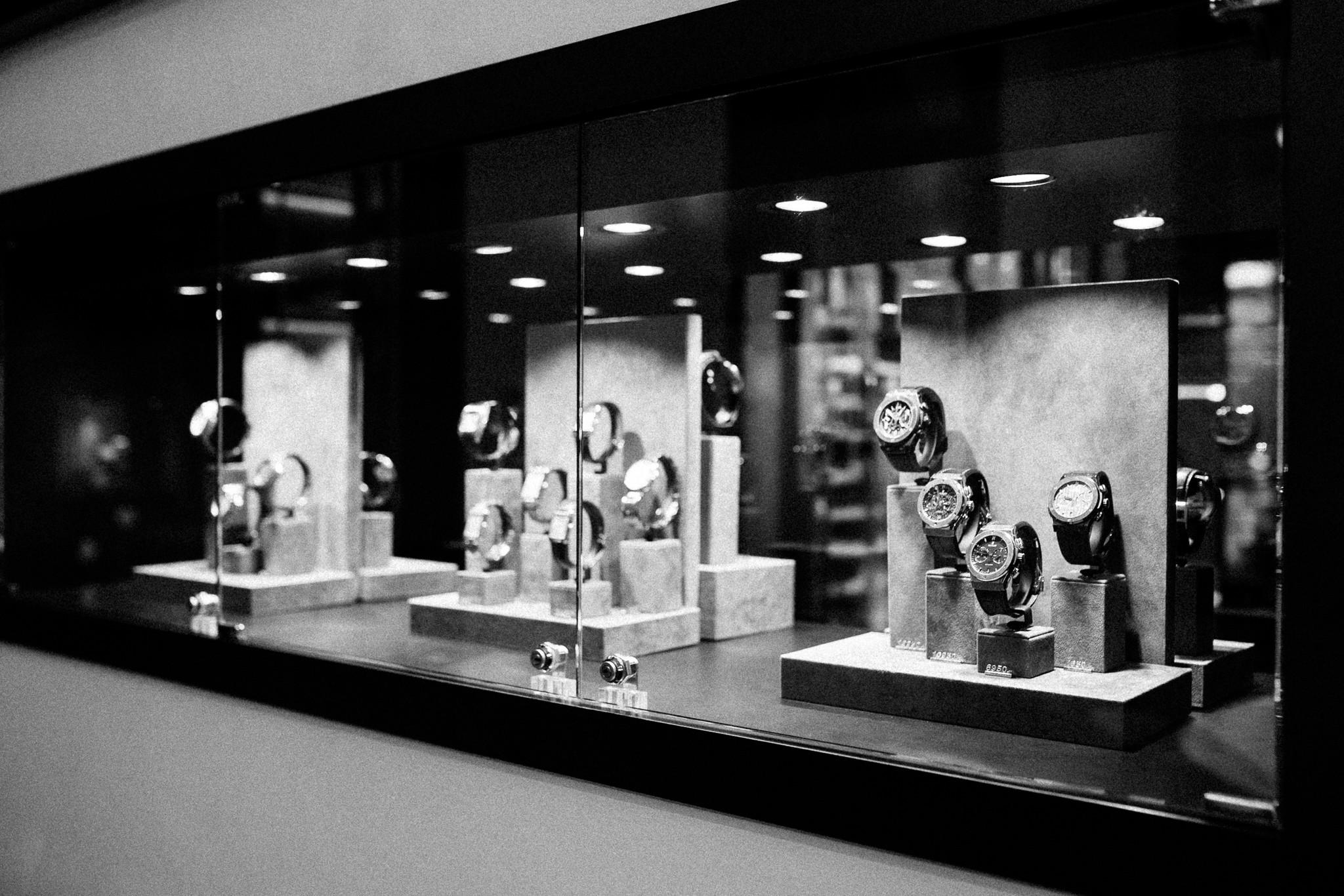 Schaap en Citroen Vintage watches Amsterdam | binnenkant juweliershuis