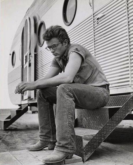 LEE Jeans, omdat elke man een beetje een rebel blijft