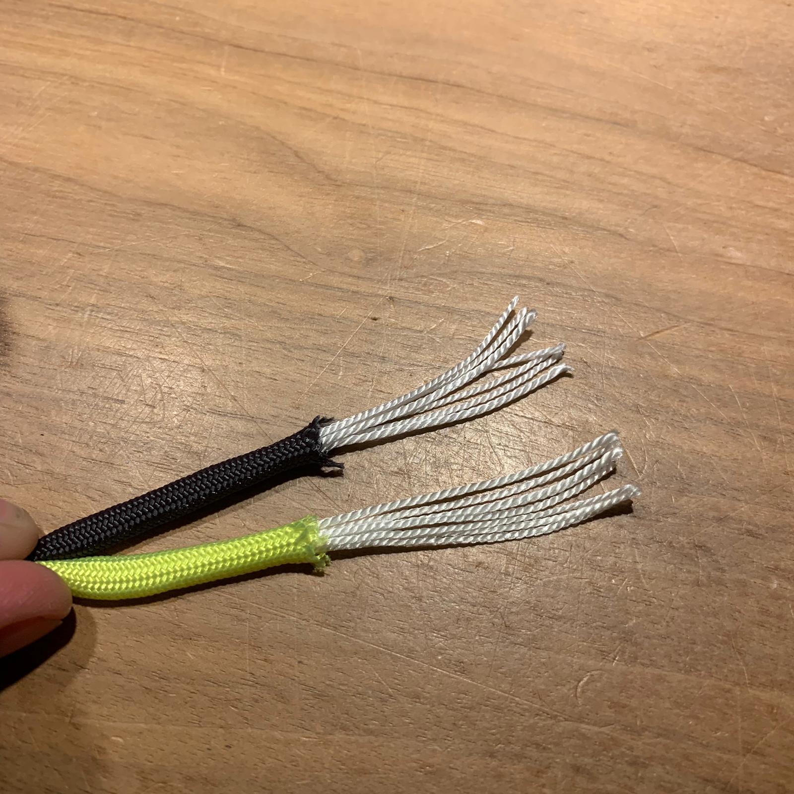 Cobra-Knoten Paracord-Beispiel