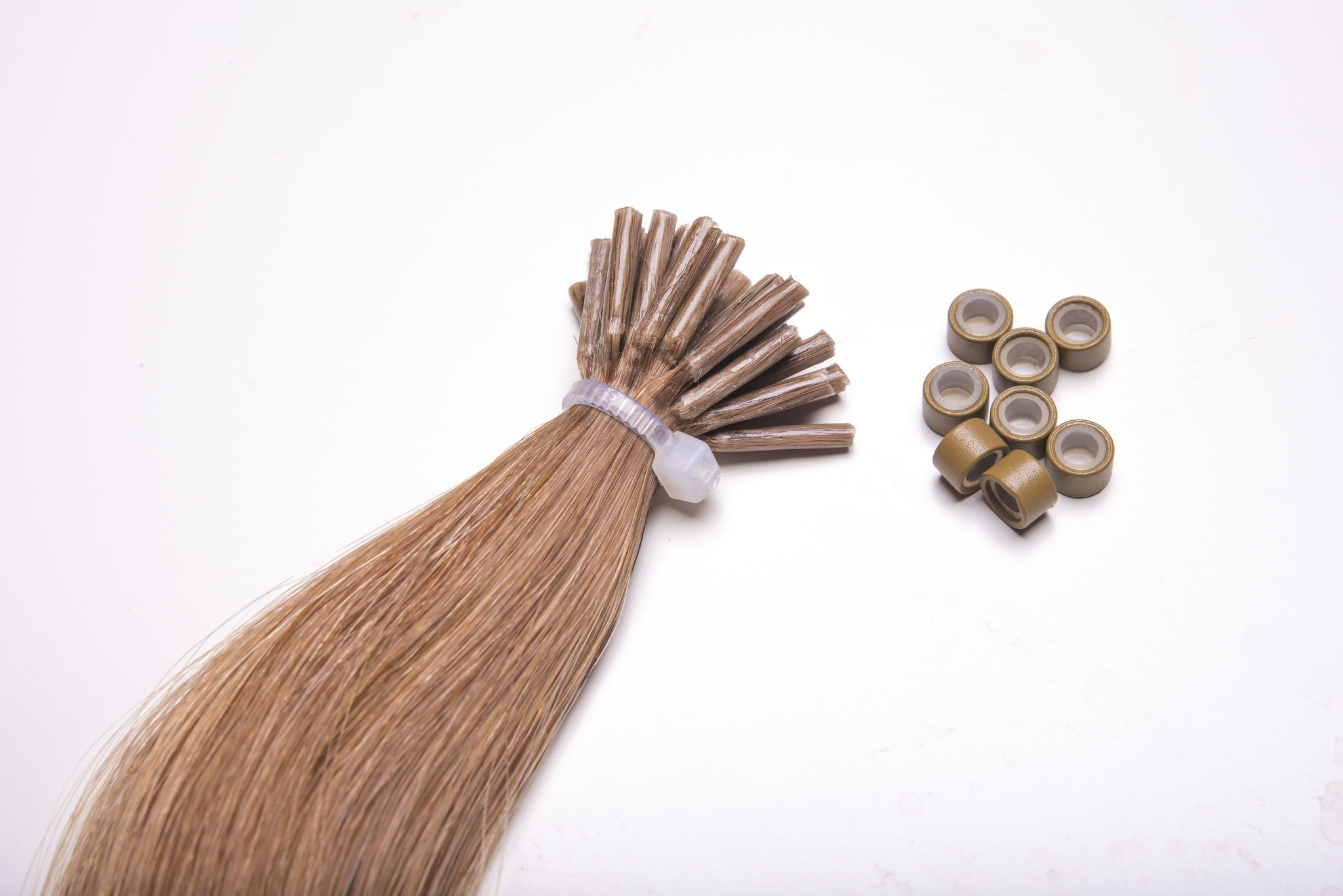 SilverFox Microring Extensions -  Loose Wave-  #6  Light Chestnut Brown - 55 cm