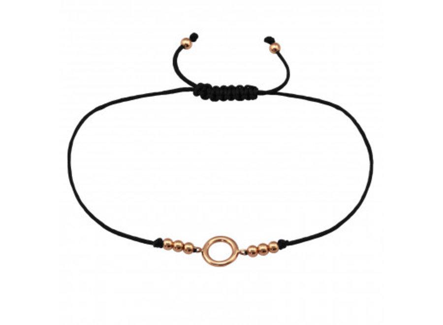 Adjustable bracelet with circle