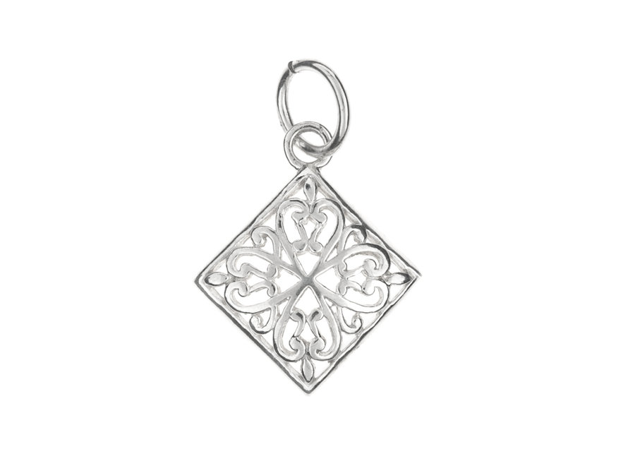 Silver pendant diamond