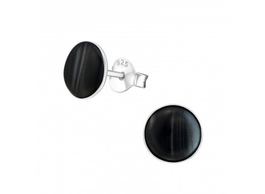 Ear studs with shell stone