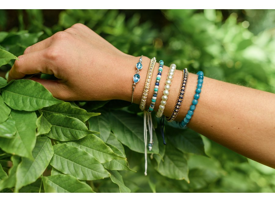 Glass pearl bracelet white