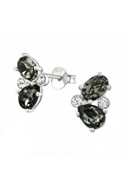 Silver ear studs with zirconia stones