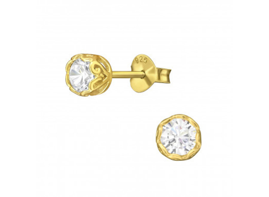 Round ear studs with crystal