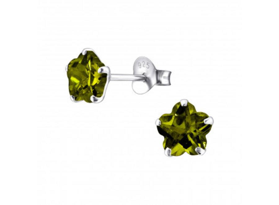 Silver ear studs with zirconia stone