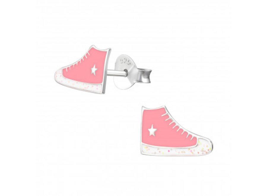 Zilveren oorstekers sneakers