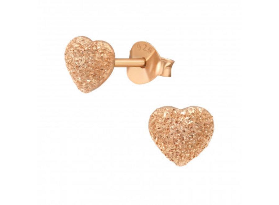 Ear studs heart