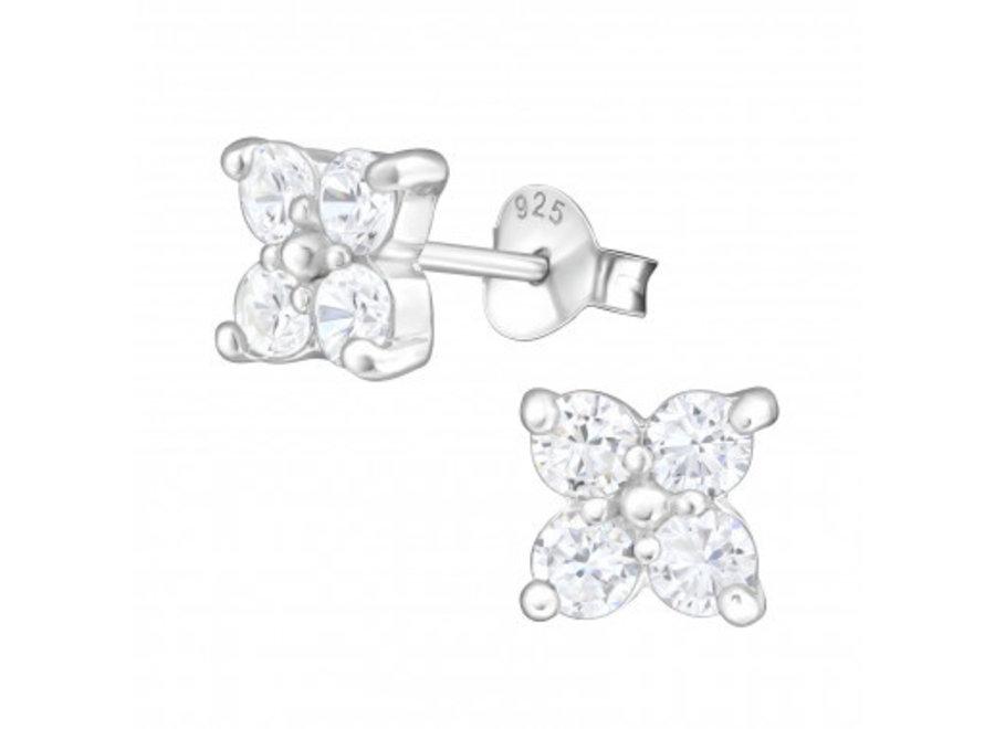 Zilveren oorstekers bloem met zirkonia steentjes