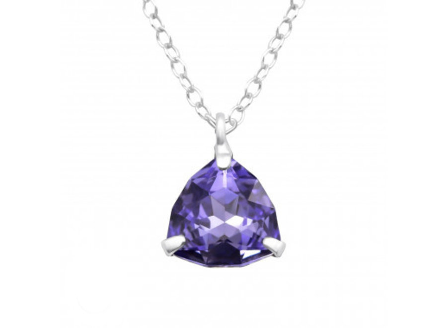 Silver necklace with zirconia stone