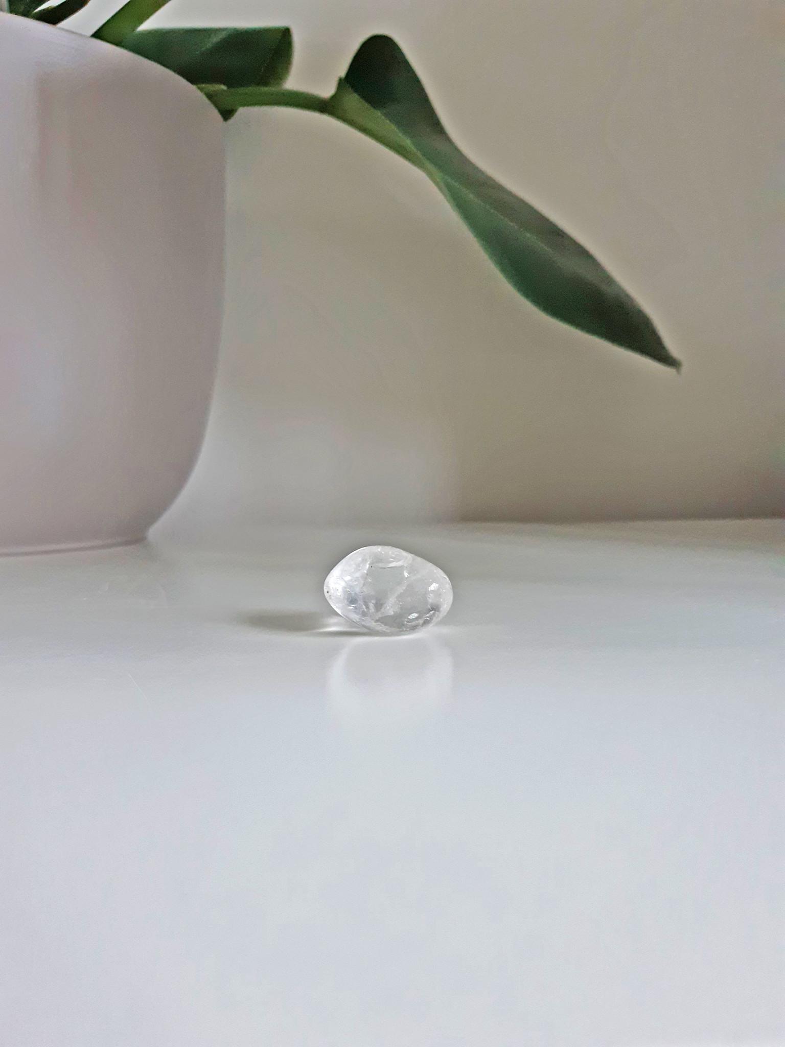 Gemstone rock crystal-1