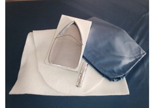 Opfrisset ovale strijktafel - C en A
