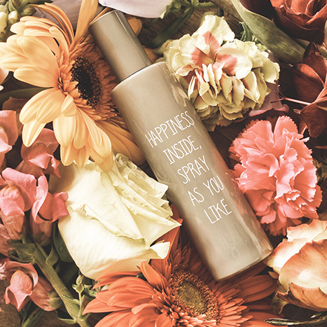 My Flame Lifestyle HUISPARFUM - HAPPINESS INSIDE. SPRAY AS YOU LIKE - GEUR: FLOWER BOMB
