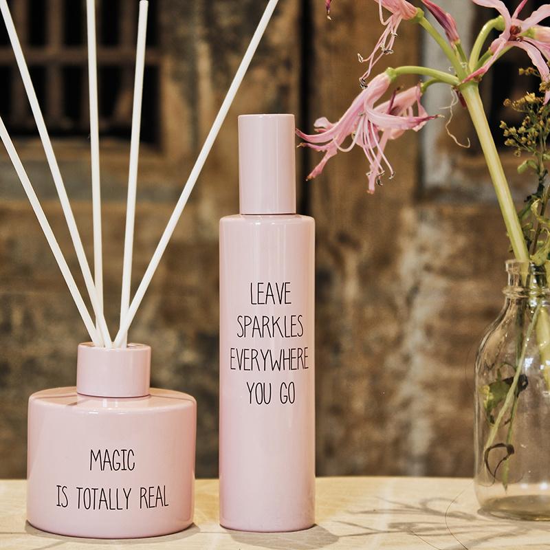 My Flame Lifestyle HUISPARFUM - LEAVE SPARKLES EVERYWHERE YOU GO - GEUR: URBAN SUEDE