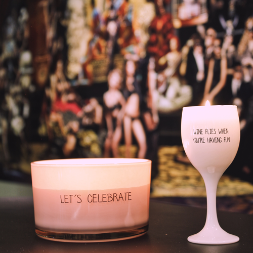 My Flame Lifestyle SOY CANDLE - WINE FLIES WHEN YOU'RE HAVING FUN - FRESH COTTON