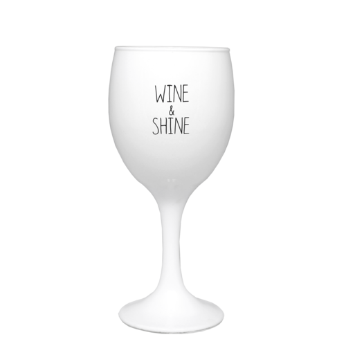 SOY CANDLE - WINE AND SHINE