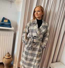 Rut and Circle Check Coat