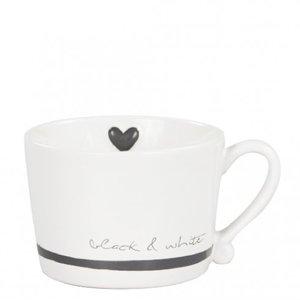 Bastion mug black and white
