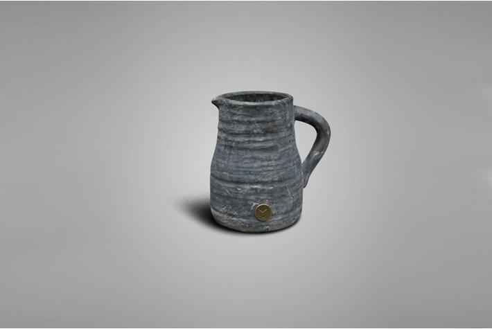 Brynxz Brynxz jug tall ind. vintage M
