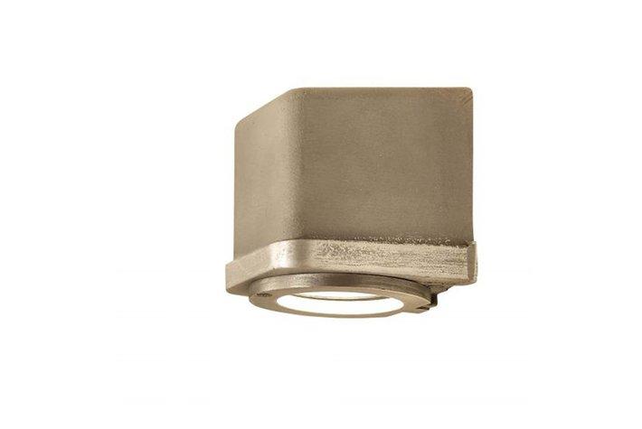 Frezoli Lighting by Tierlantijn Frezoli wandlamp Sizz Aluminium L.824.1.800