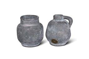 Brynxz set of 2 planter and jug ind. vintage D.13 H.13