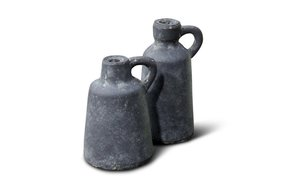 Brynxz set of 2 bottles with ear majestic vintage D.10-9 H.16-13