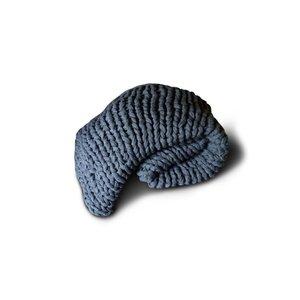 Brynxz knitted plaid dark grey 125 x 150 (100% acrylic)