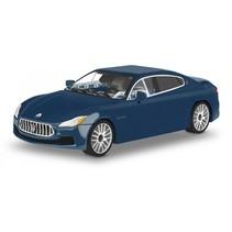 bouwpakket Maserati Quattroporte 1:35 blauw 109-delig 24563